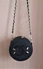 Chanel Beauty Vip Tasche, Schwarz mit goldenen Beschlägen