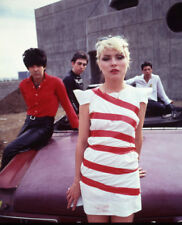 Debbie Harry UNSIGNED photograph - L2955 - Blondie, 1980s - NEW IMAGE!!!