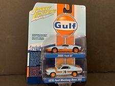Johnny Lightning Ford Gt 2015 and Ford Mustang Boss 1970 Gulf Jlsp042 1/64