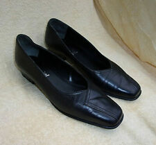 Van Dal Leather Shoes Size 6D. VGC