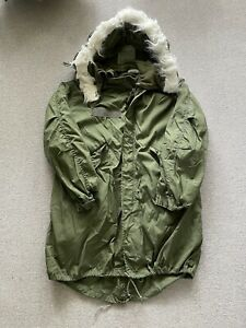 Vintage US Army M-65 Fishtail Parka With Liner And Hood Size Medium