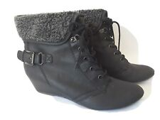 Ladies Size 7 Black Wedge Heel Ankle Boots Lace Ups