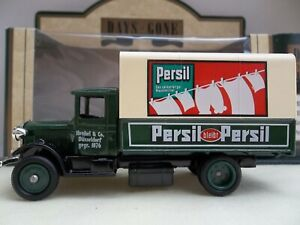Lledo Days Gone - Persil Soap Powder - DG28035 - 1934 Mack Canvas Back Truck