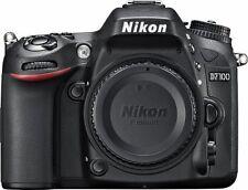 Fotocamera digitale Nikon D7100 D 7100 usata