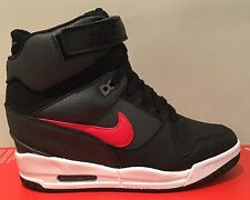 WMS Nike Air Revolution SKY HI 'Black Uni Red' Size UK 6.5 (EUR 40.5) 599410 020