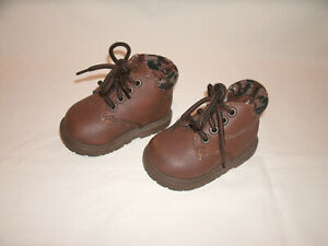 Gerber Flex Support System Pair of Brown Baby Shoes ~ Size 2