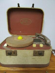 VINTAGE PORTABLE SYMPHONIC RECORD PLAYER MODEL RMA 351 WORKS