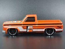 Pickup di modellismo statico arancione per Chevrolet