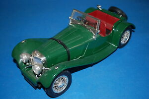 BURAGO 3006 - Jaguar SS 100 (1937)  scala 1/18