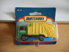 Matchbox Refuse Truck in Green/Yellow on Blister
