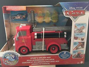 Disney Pixar Cars Color Changers Stunt & Splash Red 2020 with Lightning McQueen