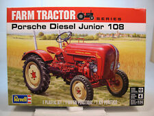 PORSCHE DIESEL JR 108 FARM TRACTOR REVELL 1:24 SCALE PLASTIC MODEL CAR KIT