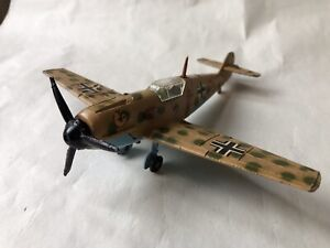 DINKY TOYS LUFTWAFFE MESSERSCHMITT Bf109E WW2 FIGHTER PLANE WORKING MOTOR VGC