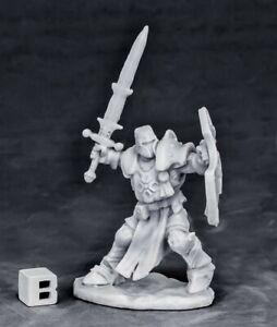 Reaper Miniatures - 77550 - Crusader Champion - Bones DHL