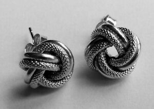 Nice Pair of Italian 9ct White Gold Twisted Knot Earrings for Pierced Ears
