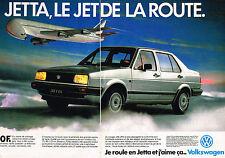 PUBLICITE ADVERTISING 025  1985  VOLKSWAGEN  la JETTA ( 2p)  le JET de la route