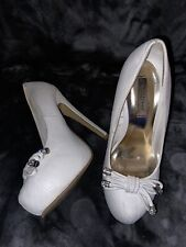 Womens Worn White Platform Heels Size 5 Used Shoes