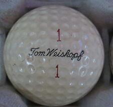 (1) TOM WEISKOPF SIGNATURE LOGO GOLF BALL ( MACGREGOR VULCANIZED CIR 1962) #1/1