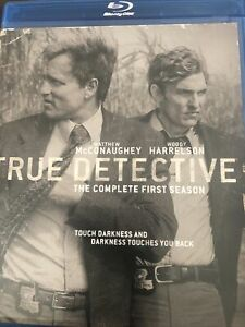 True Detective: Season 01 (Blu-ray Disc, 2014, 3-Disc Set, Includes Digital...