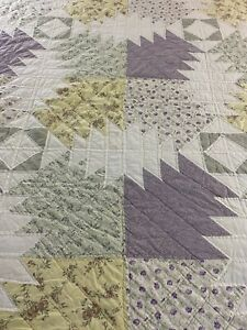 "NICE! Vintage Hand Quilted Pineapple Quilt 98x84"" queen #675"