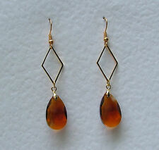 AMBER BROWN FACETED GLASS CRYSTAL GOLD PL diamond shaped EARRINGS DM