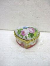 """Petite boite en porcelaine  de collection """"coeur"""""""