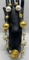 Rare Necklace White & Gold Plated and White Collar Screw Barrel Clasp