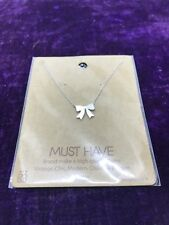 """17"""" Silver Plated Bow Necklace"""
