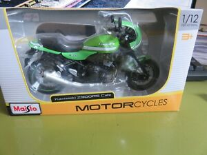 MAISTO 1:12 SCALE KAWASAKI Z900RS CAFE  **BRAND NEW AND BOXED**