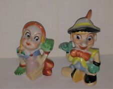 Pinocchio and his Puppet girlfriend from the theatre salt peppers set minty old