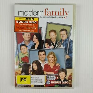 Modern Family The Complete First Season - NEW & SEALED - R4 - TRACKED POST