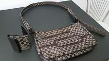borsa sisley con portafogli abbinato colore principale marrone con scritte
