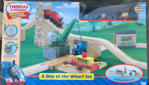 Thomas Wooden Railway A Day At The Wharf Set (LC99578) New! Rare!