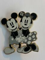 DSSH Pin Traders Delight PTD Classic Mickey And Minnie Disney Pin LE (B0)
