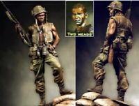 1/24 90mm Resin Figure Model Kit US Soldiers Vietnam War (2 heads) Unpainted