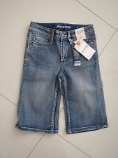 BNWT  Jeans West Ladies Daisy  Knee Length Stretch Denim Shorts   Size: 6