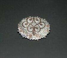 HALLMARKED SILVER WITH YELLOW AND ROSE GOLD VICTORIAN BROOCH