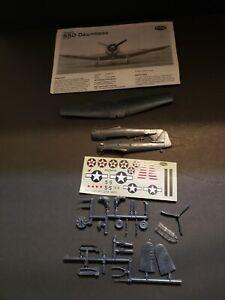 Testors Douglas SBD Dauntless No 693 Model Plane Kit with Instructions