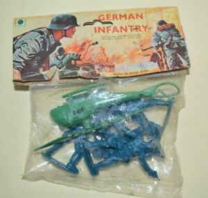 Vintage Blister Ri Toys  GERMAN INFANTRY SOLDIERS  Hong Kong 1960´s