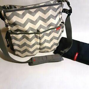 Skip Hop Messenger/ Diaper Bag Grey Chevron Stroller Strap Magnetic Closures