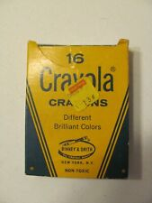 Vintage 16 Count Crayola Crayons Binney & Smith Used