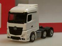 Herpa Mercedes-Benz Actros Streamspace 6x2 Zugmaschine, weiß - 305174-003 - 1:87