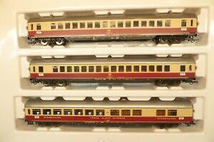 Roco H0 44121 TEE-Schnellzugwagen-Set mit 3 Wagen, DB, KK   R91
