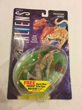 ALIENS- KENNER 1993- PANTHER ALIEN w/ FLYING ATTACK PARASITE- NEW MOC NIP
