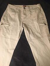 Merona Women's 18 Fit 4 Stretch Khaki Cargo Pants Jeans Measures 36X31.5  B1999