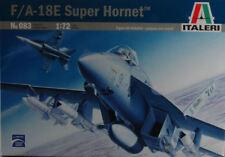 F/a 18 E Super Hornet Fighter Plastic Kit 1:72 Model 0083 ITALERI