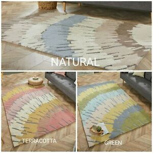 NEW ZEST WOODGRAIN ABSTRACT HAND CARVED RUG IN GREEN, NATURAL & TERRACOTTA