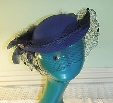 VINTAGE CHIC C & A COPY OF VICTORIAN BOWLER RIDING HAT NAVY BLUE FEATHERS NET