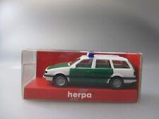Herpa:VW Passat Variant Polizei Nr.4136 (Schub75)