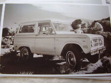 1968 FORD BRONCO   11 X 17  PHOTO   PICTURE